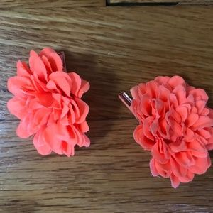 J. Crew Accessories - J Crew Coral colored flower hair clips - like new